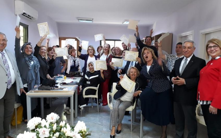 Bakırköy Belediyesi ve Türk Lions Beceri Kazandırma Vakfının (TÜLBEK) Pratik İngilizce Sertifika töreni