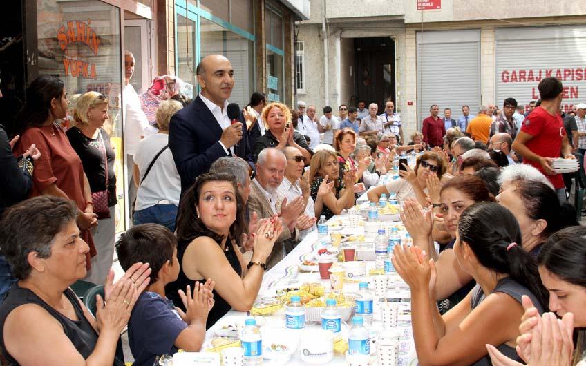 Bakırköy Belediye Başkanı Dr. Bülent Kerimoğlu, bu hafta Sakızağacı Mahallesi'nde yurttaşlarla kahvaltıda buluştu.